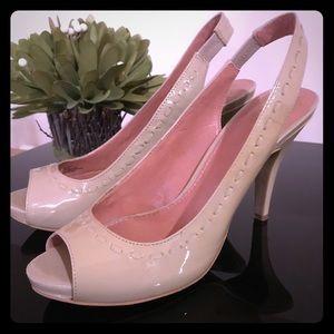Vince Camuto Sling Back Shoes